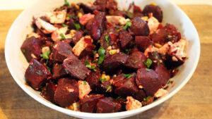 Recept voor heerlijk gekruide rode bieten uit de oven